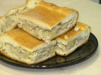 Пирог с мясом и картошкой в мультиварке. Рецепт домагнего пирога