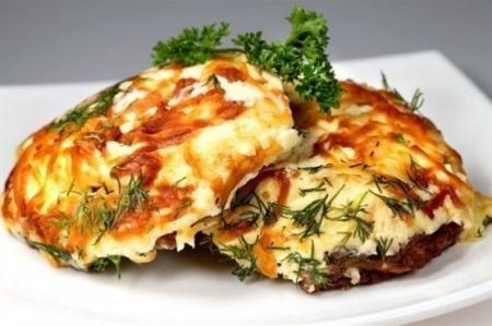 Мясо по-французски с грибами. Прекрасный рецепт приготовления свинины с грибами по-французски.