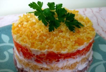 Рецепт салата «Мимоза». Как приготовить яркий и вкусный, классический салат «Мимоза»?