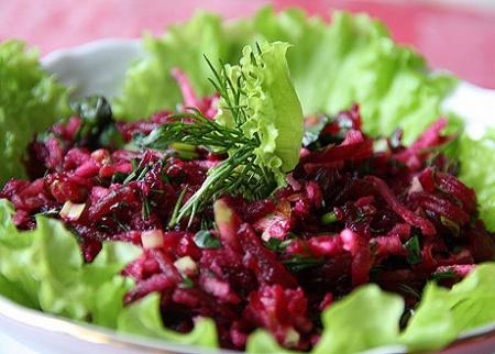Рецепт - Теплый свекольный салат