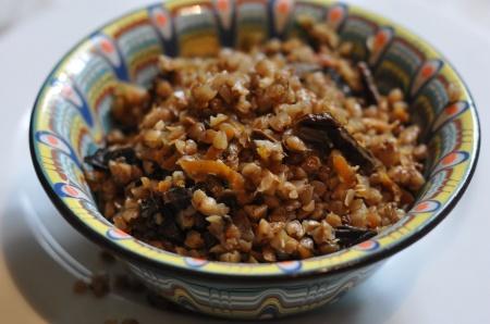 Рецепт - Гречка с грибами и овощами