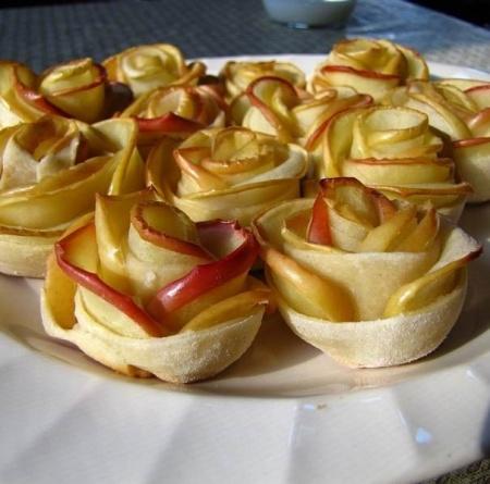 Рецепт - Запеченные фрукты с мороженым
