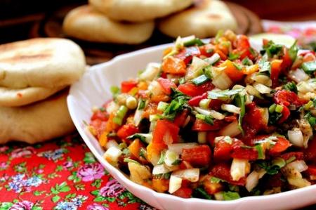 Рецепт - Салат из запеченных овощей